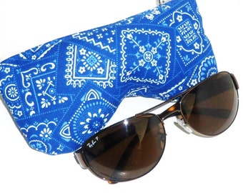 Eyeglasses Case, Sunglasses Pouch, Curves Eyeglasses Case - Blue White Geometric
