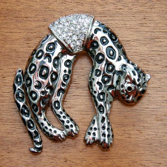 Vintage 80s Silver Toned Oversized Cheetah Brooch