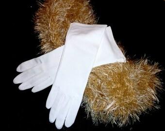 Vintage White 11 inch Gloves Feminine never worn Retro Wedding Bridal Prom Stretch