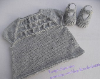 Hand Knit Baby Girl Blouse and Booties Set. Grey Baby Girl Top and Booties Set. 3-6M