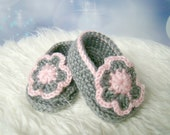 Baby Booties Grey and Pink Flower 0 - 3 months etsy shoes infant