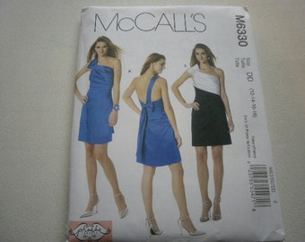 Pattern Ladies Dress 2 Styles Sizes 12 to 18 Out Of Print McCalls 6330 A