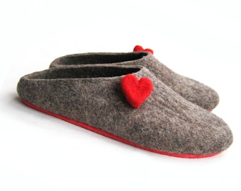 Brown Heart Clogs - Felted Slippers - Wool Clogs - Minimalist Shoes - House Shoes - Christmas in July - Mix and Match - Rubber Soles