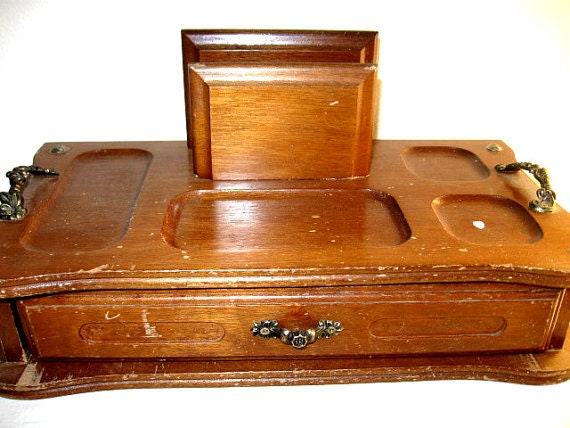 Vintage solid wood jewelry box organizer storage desk for Solid wood jewelry chest