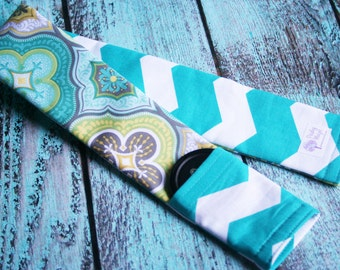 Reversible Camera Strap Cover with Lens Cap Pocket - Padded - Photographer Gift - Moroccan Teal and Gray with Turquoise Chevron