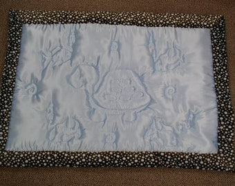 Blue baby blanket / quilt with a turtle and fish