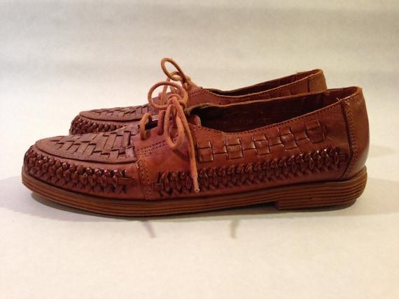 4b05d89ca155 Vintage Huarache Style Lace Up Sandal Shoes Size 9 by SewShoeMe