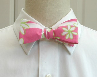 Lilly Bow Tie in pink and green Finish Line (self-tie)