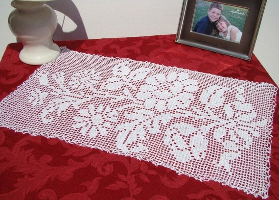 Burst of flowers white filet crochet table or dresser scarf