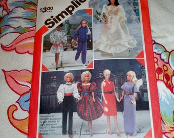 "Vintage 1983 Simplicity Pattern 6097 for Barbie Doll Wardrobe, 11 1/2"" Doll"