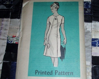 "Vintage 1960s Mail Order Pattern 4634 for Misses Dress Size 14 1/2, Bust 35"", Waist 29"" Hip 39"", Factory folds"
