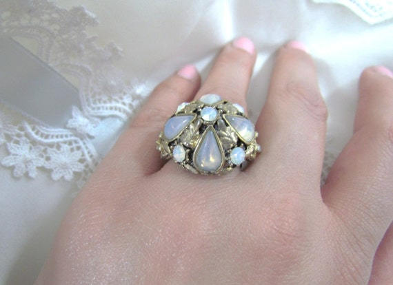 SALE Vintage Ring Moonstones Beautiful Design Gold Tone