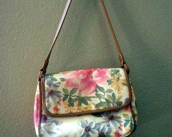 Summery Flowered Purse, shoulder strap