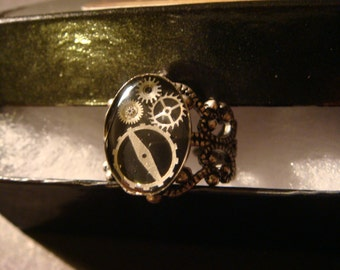 Steampunk Gear and Watch Part  Ring in Antique Silver (1048)