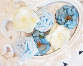 NEW: Manor House Creations 6 piece Shabby Chic Handmade Paper Flower - KFA Sublime Aqua & Baby Blue and Cream