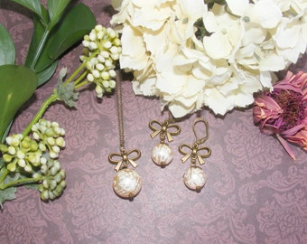 Cream pearl necklace and earrings set