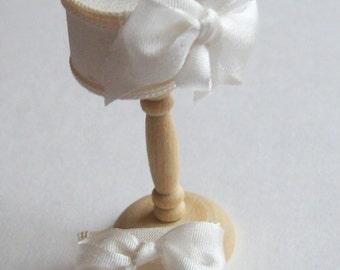 Handmade 1/12 miniature dollhouse ivory silk pill box hat and matching bag