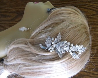 Bridal Pearl Comb, Bridal hair comb with Natural Freshwater  Pearl Beads-Pearl Bridal Hair Comb Rhinestone Bridal Comb Weddings