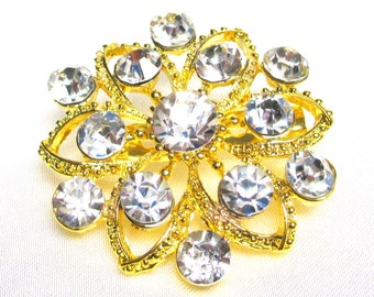 Beautiful Floral Swarovski Rhinestone Brooch. Gold Plated Setting Unsigned