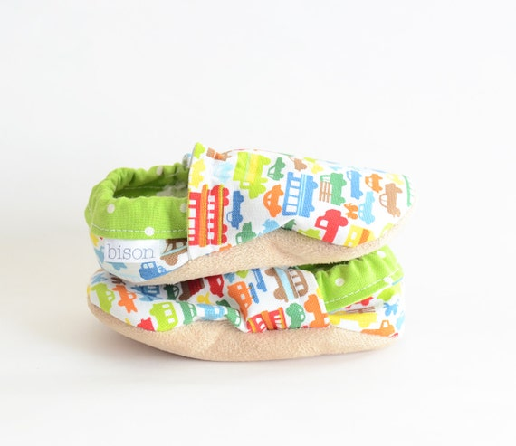Beep Beep Cars Bison Booties Size 12 to 18 Months Toddler cloth fabric slippers Ready to Ship Cars