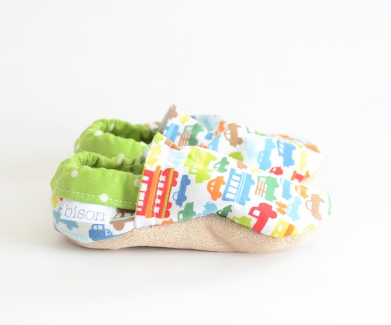 Beep Beep Cars Bison Booties Size 18 to 24 Months Toddler Chid cloth vegan slippers Ready to Ship