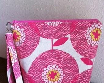 Zippered makeup bag or toiletry bag