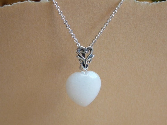 Heart necklace - Snow Quartz gemstone - Quartz heart pendant on a Sterling silver chain - I love you gift - Free shipping to Canada & USA