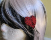 Small plain stitched wool felt heart hair clip