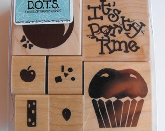 CTMH Close to my heart - Stamp Set - S302 Party Time Set - Set 19