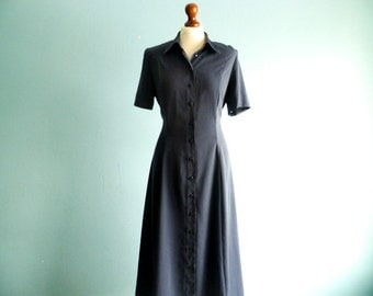 Vintage Navy Blue Dress Shirtdress Day Dress / Simple Minimalist Classic / Bottoned Up Down / Short Sleeves / Summer / Maxi Long / medium
