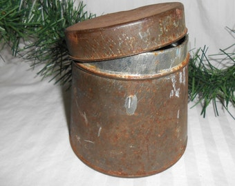 Vintage Grumbacher artist supply metal can with lid rusty crusty metal can Artist collectible grumbacher can rusty crusty vintage wedding