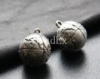 2pcs / Globe / Oxidized Silver / Base Metal / Charm / 24x19mm (YA25664//K218)