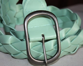 S A L E Woven Vintage Belt - Silver Buckle ... a Fashionista Statement Piece Can fit for Size s and M and L