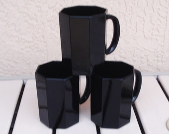 ARCOROC France 3 Black Glass Octagon Cups.