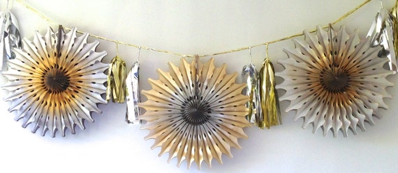 Party Heaven Metallic Silver & Gold Fancy Frill FanTastic Tassel Tissue Garland