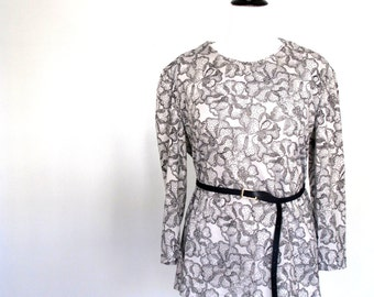 Stippled set- floral- black and grey- 2 for 1- Plus size- ruffle- skirt- shirt-xxxl