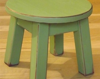 """Reclaimed wood/ Painted/ riser/ round stool/ step stool/ foot stool/ green/10"""" H"""
