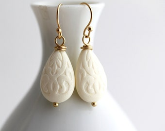 White Dangle Earrings, White Drop Earrings, Ivory Earrings, White Gold Earrings, White Victorian Earrings,