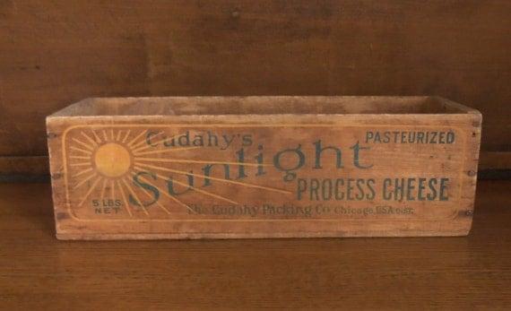 Wooden Cheese Box Cudahys Sunlight Process Cheese Primitive Home Decor