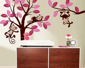 Wall decal - Girl monkeys on tree and long branch : Nursery Wall Décor