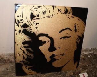Monroe (gold)