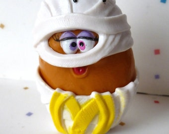 "Vintage McDonald's Happy Meal Toys-  Halloween McNugget Buddies, "" MUMMIE McNugget, Black Spider, Mummy, Chicken McNuggets,  Food Toy"