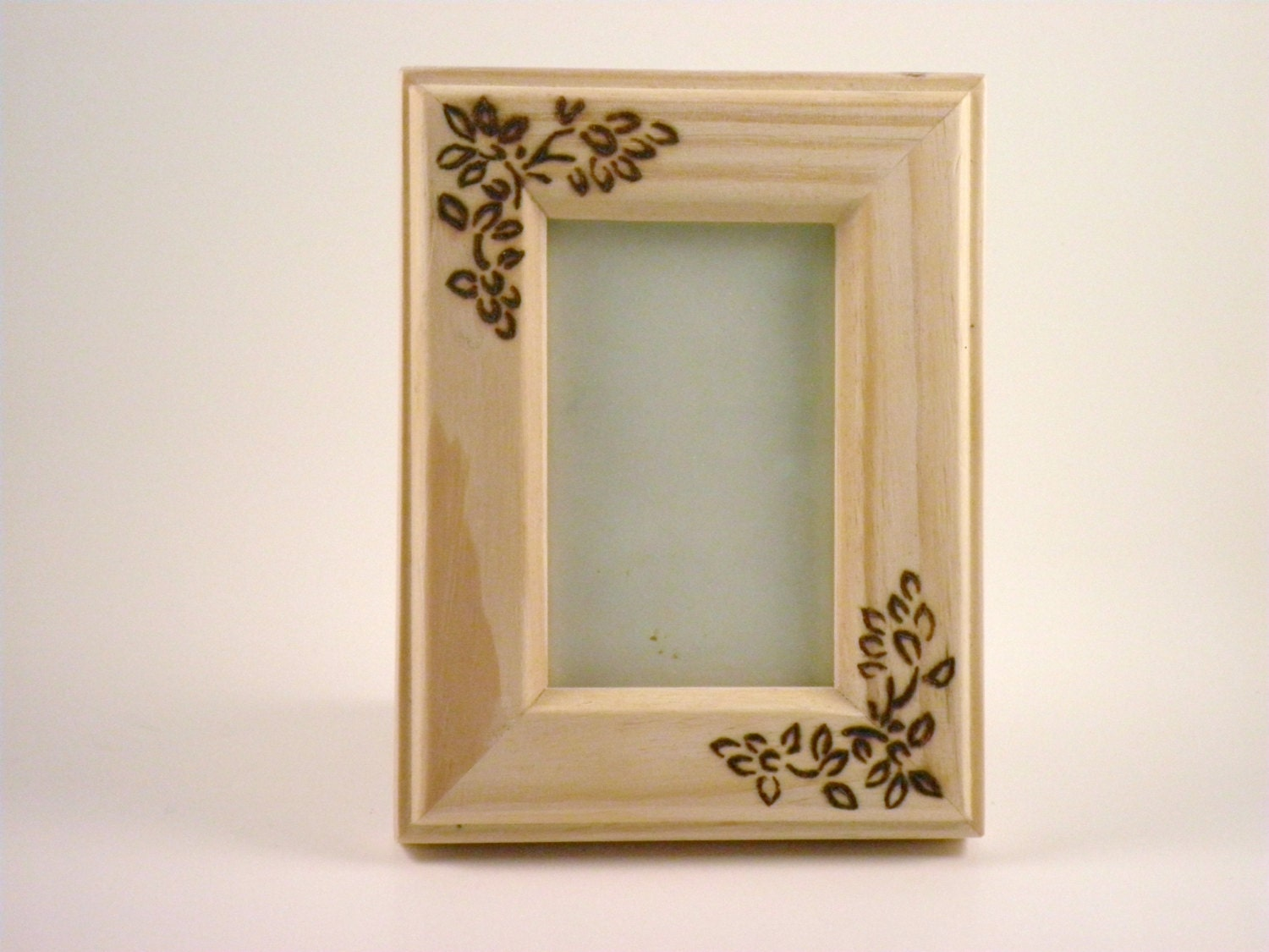 pyrography small wooden picture frame. Black Bedroom Furniture Sets. Home Design Ideas
