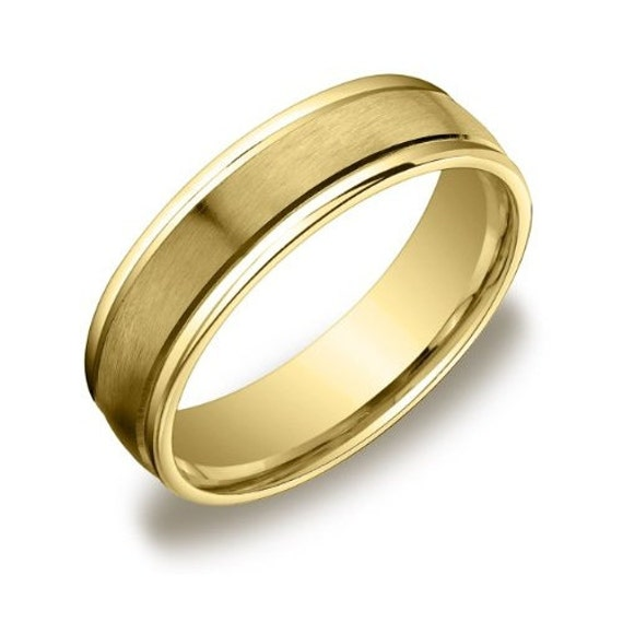 Mens 14k Yellow Gold 6mm Plain Wedding Band With Satin