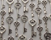 The Emma Collection - Heart-Themed Skeleton Keys in Silver - Set of 30 Keys - 3 STYLES