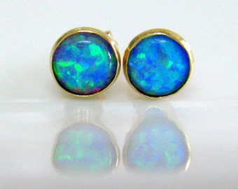 Post Earrings Stud Made of 9k Gold With Opal  By Amallias