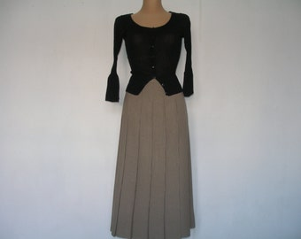 Pretty Pleated Skirt Vintage / Dark Beige / Big / Large / Size EUR46 / UK18