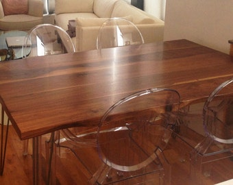 Large Dining Table - Walnut - Live Edge Detail