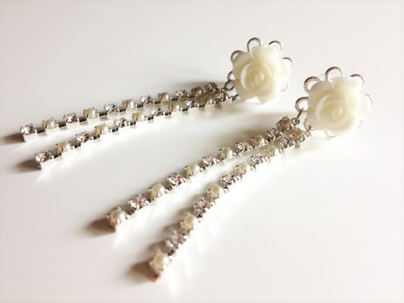 Diamonds and Pearl Plugs Wedding Gauges 0g Dangle Plugs with Rhinestones and Roses 00g Choose From 10 Colors