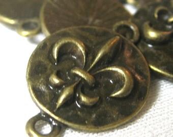 Fleur De Lis Connector Charms In Antique Bronze Antique Brass 19mm 10 pieces